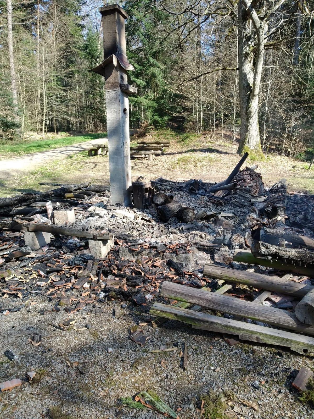 Langenebene-Hütte niedergebrannt