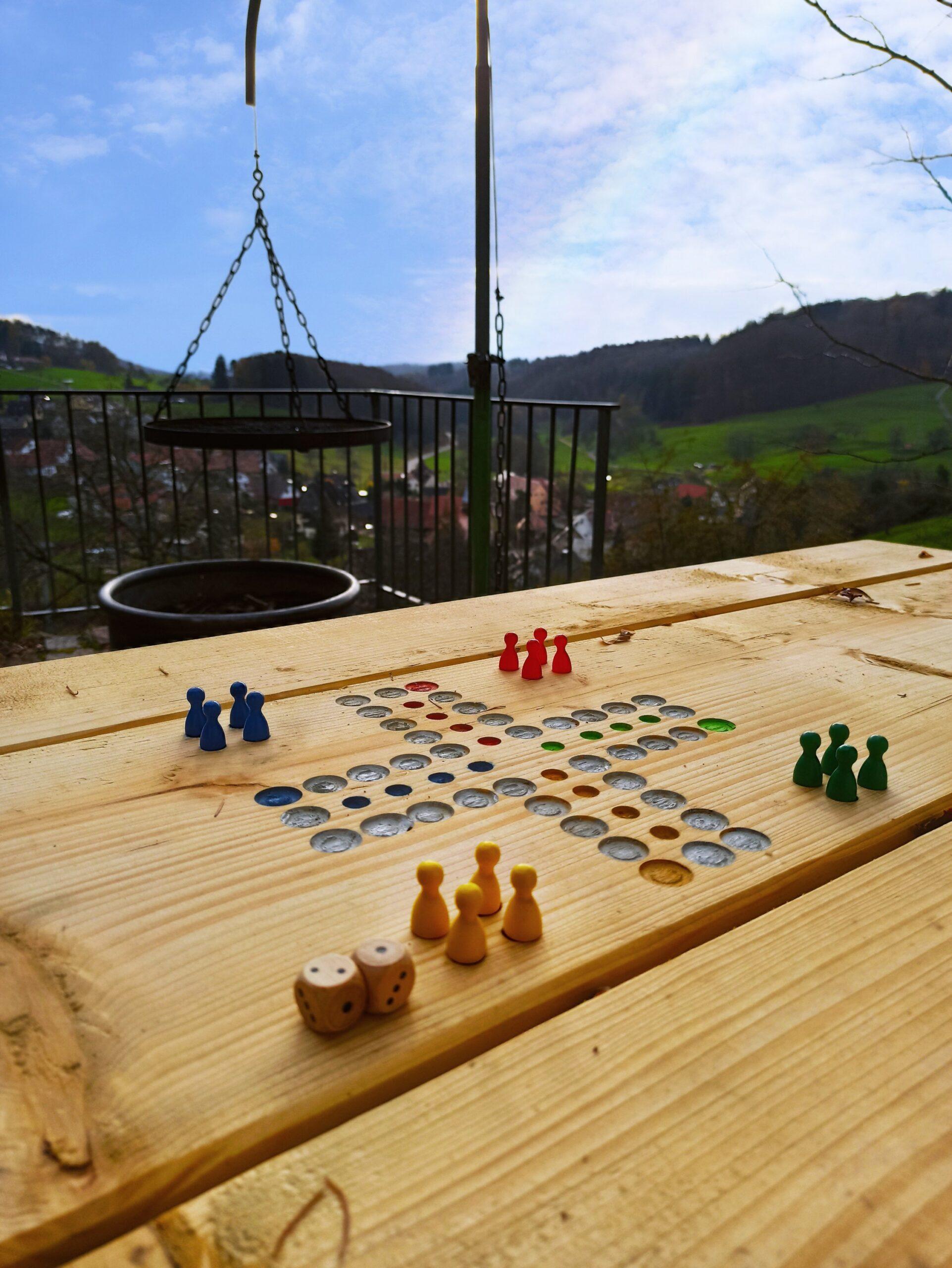 Rebhüsli: Neue Tische und Bänke