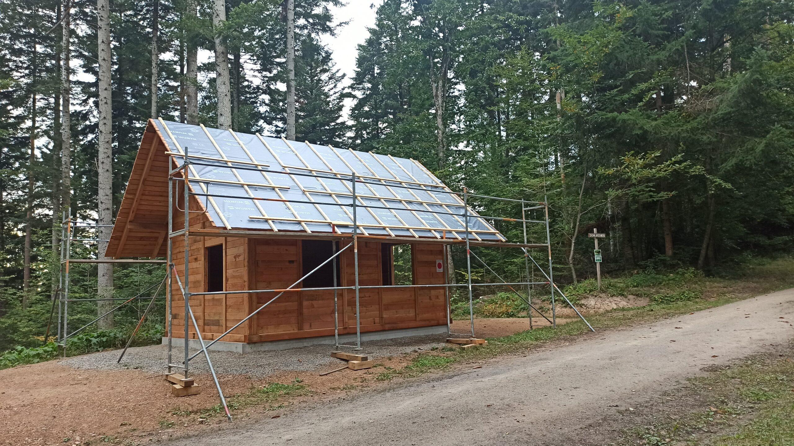 Read more about the article Die Langenebene-Hütte steht